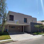 Aluguel Casa 4 Quartos 2 Garagens, Churrasqueira, Condomínio Santa Monica Jardim Botânico DF140